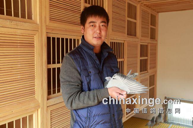 北京壹号张斌狂扫西安威力俱乐部30多项冠军